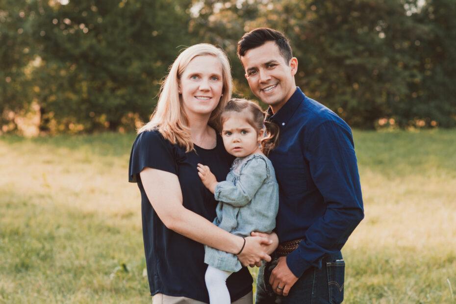 Kind mit Eltern